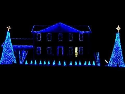 Incredible Christmas Light Display To Pentatonix S Mary Did You