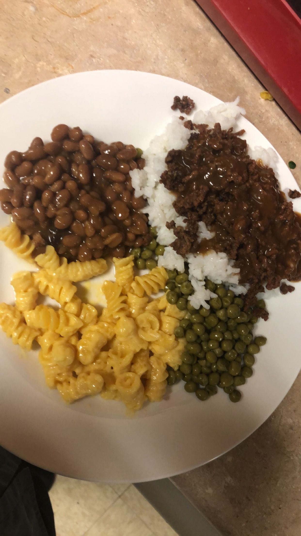 Ground Beef With Brown Gravy White Rice Baked Beans Pasta Side Macaroni And Cheese Sweet Peas Pasta Sides Brown Gravy Bean Pasta