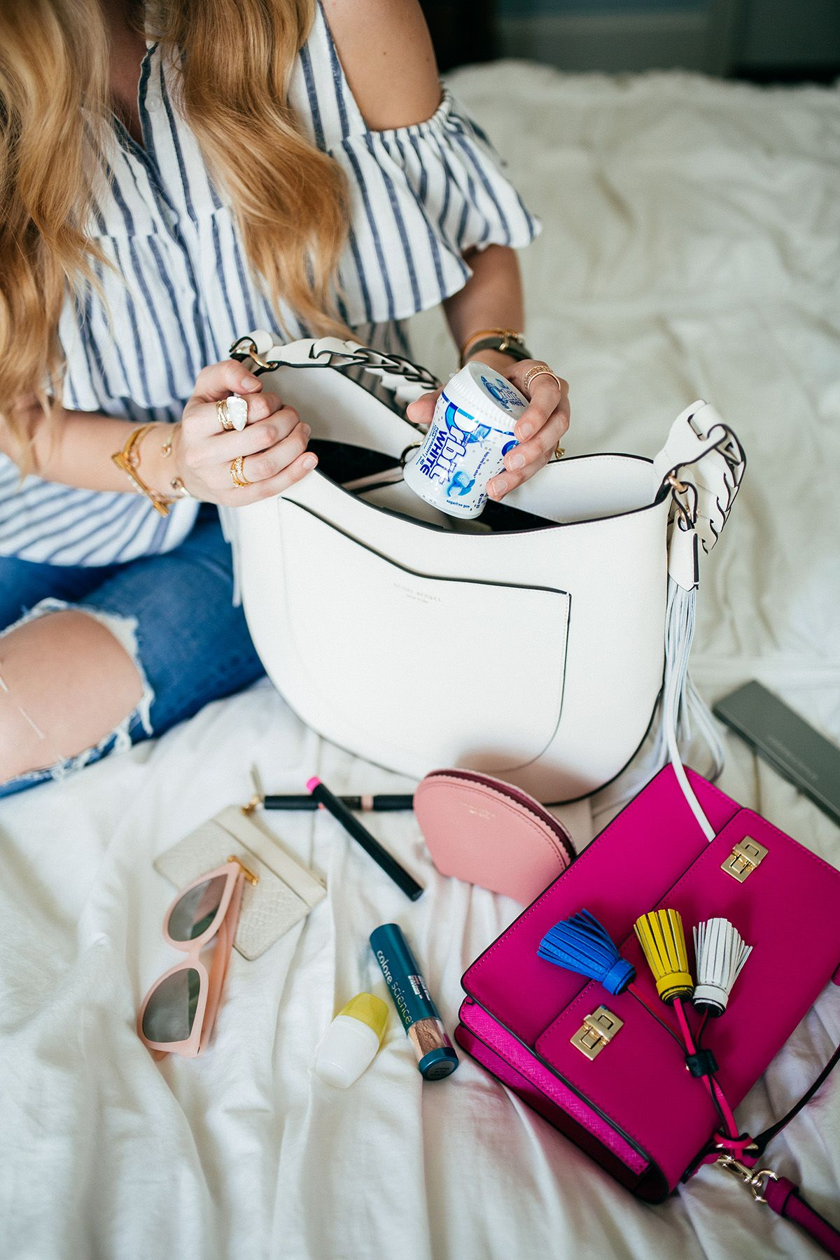 Tips for Switching Purses + My Handbag Essentials