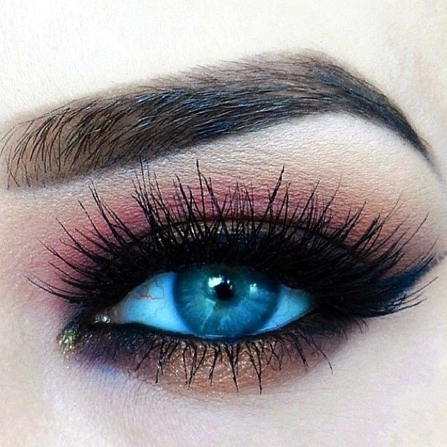 pink and bronze eyeshadow