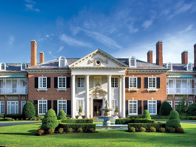 5 Historic Long Island Mansions To Visit This Summer Mansions Long Island Mansion Old Mansions