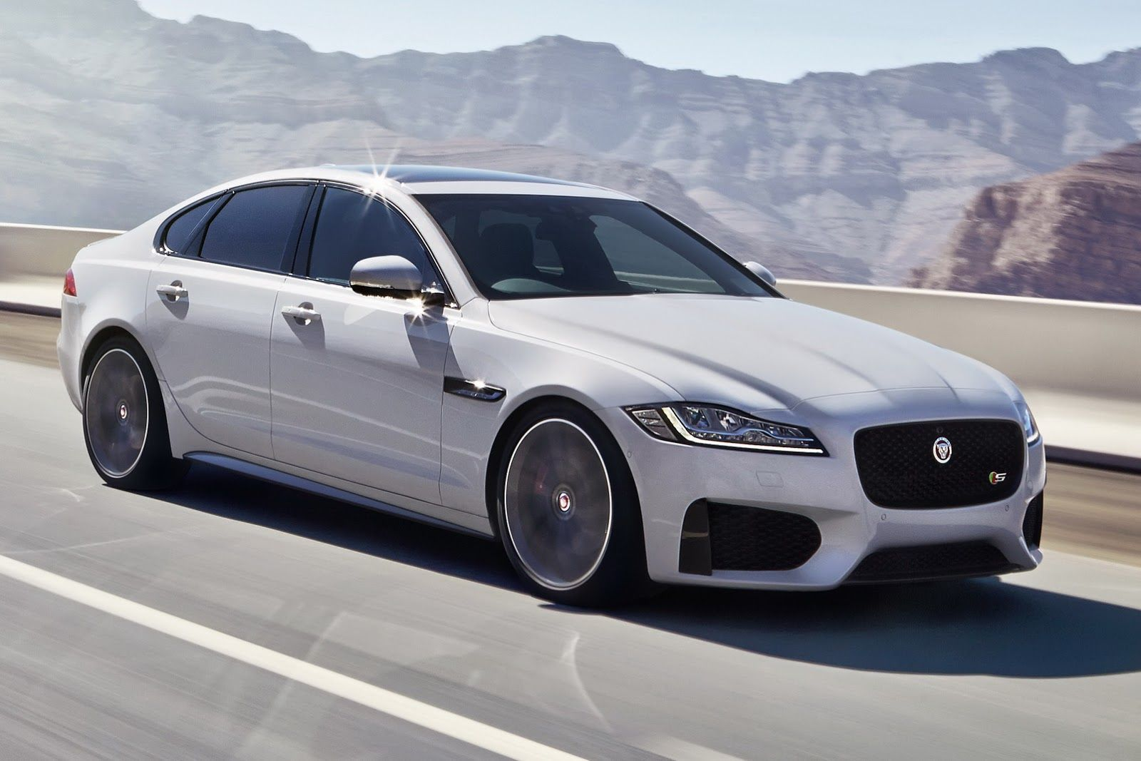 Jaguar S 2016 Xf May Be All New But It Looks Overly Familiar