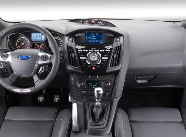 The Ford Focus Is A Compact Car C Segment In Europe Manufactured By The Ford Motor Company Since 1998 Ford Beg Ford Focus St Ford Focus Ford Focus Hatchback