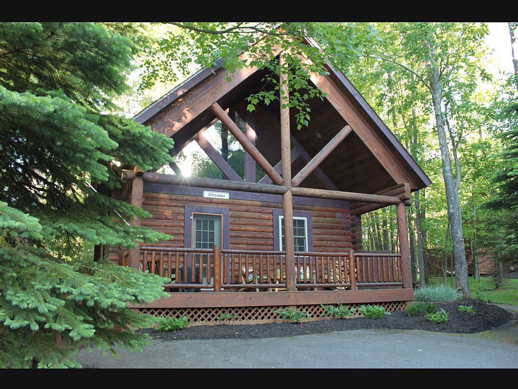 Cabin Vacation Rental In Oakland Md Usa From Vrbo Com Vacation Rental Travel Vrbo Cabin Vacation Cabin Log Cabin