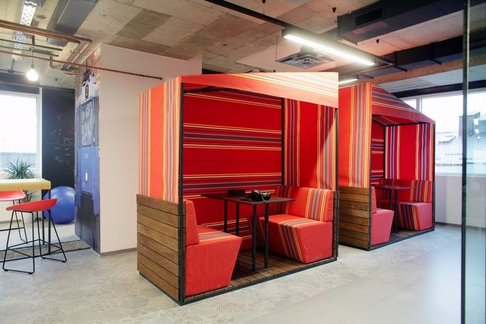 Booking Com Offices Zagreb Office Snapshots Corporate Interiors Interior Work Design