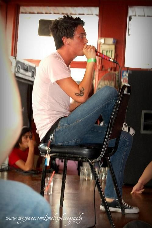 Kellin Quinn 3 Back When He Had Short Hair And Only One Tattoo