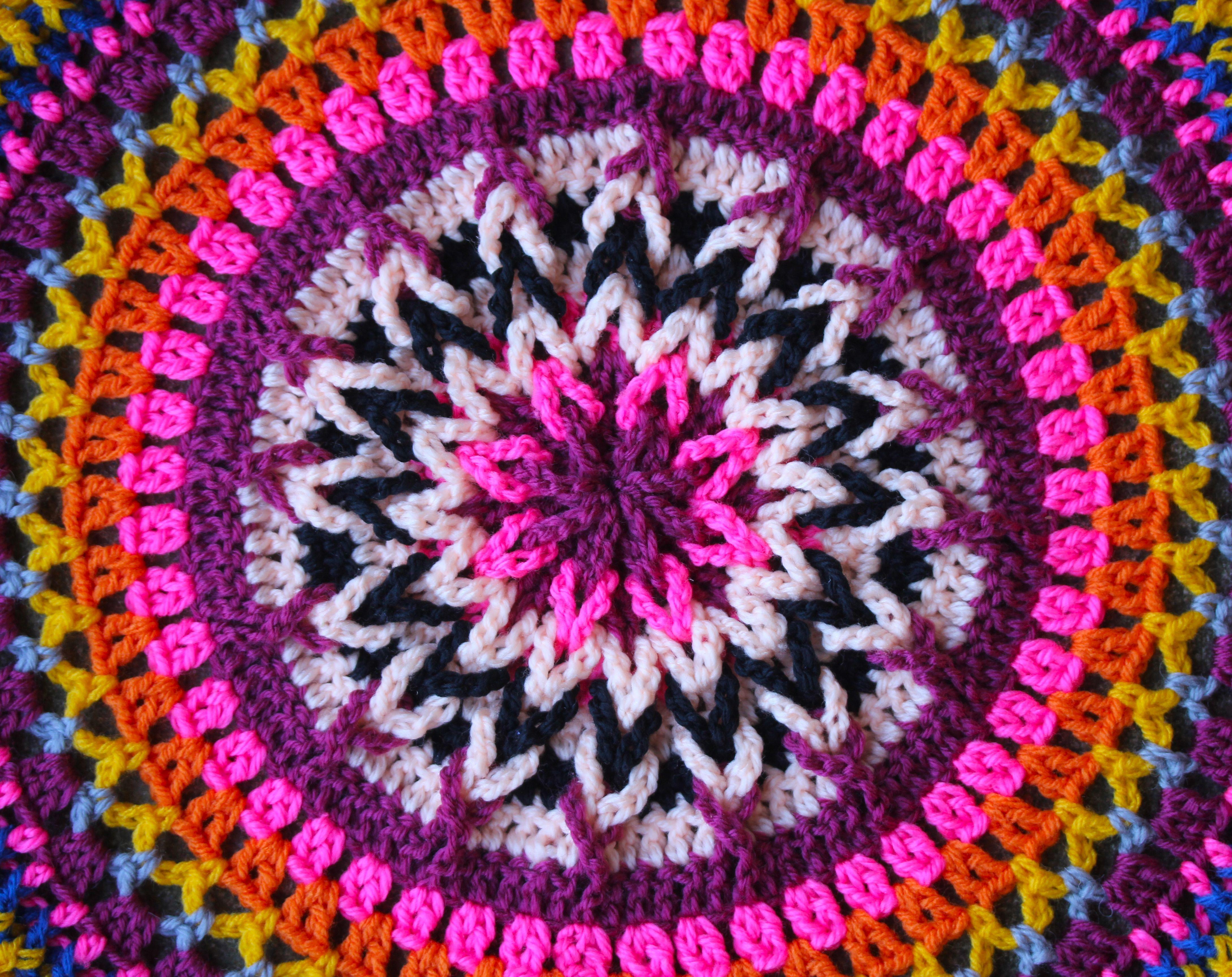 More Mandalas * Love Sarah Londons work <3