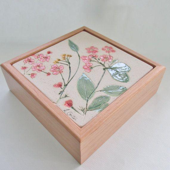 Natural Tile Keepsake Box Ceramic Tile Jewelry por CartersPottery