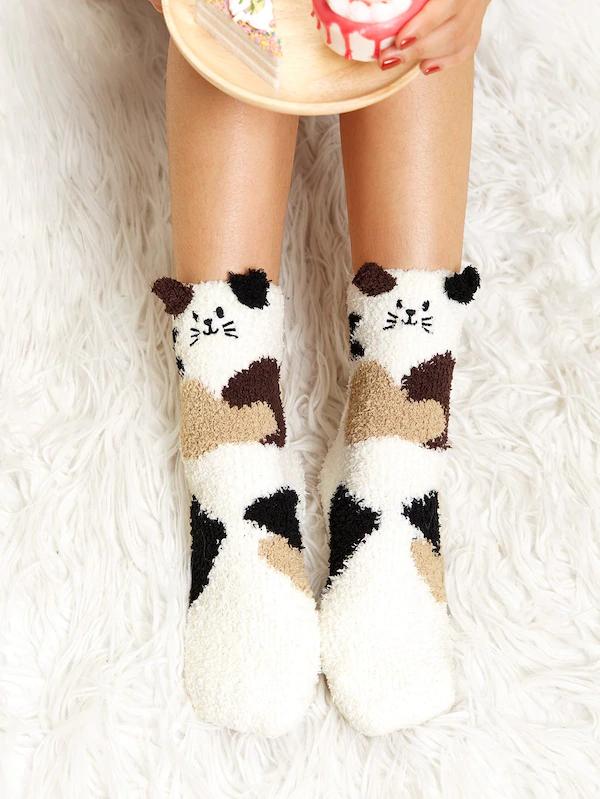 Cat Pattern Fuzzy Socks SHEIN USA Fuzzy socks, Socks