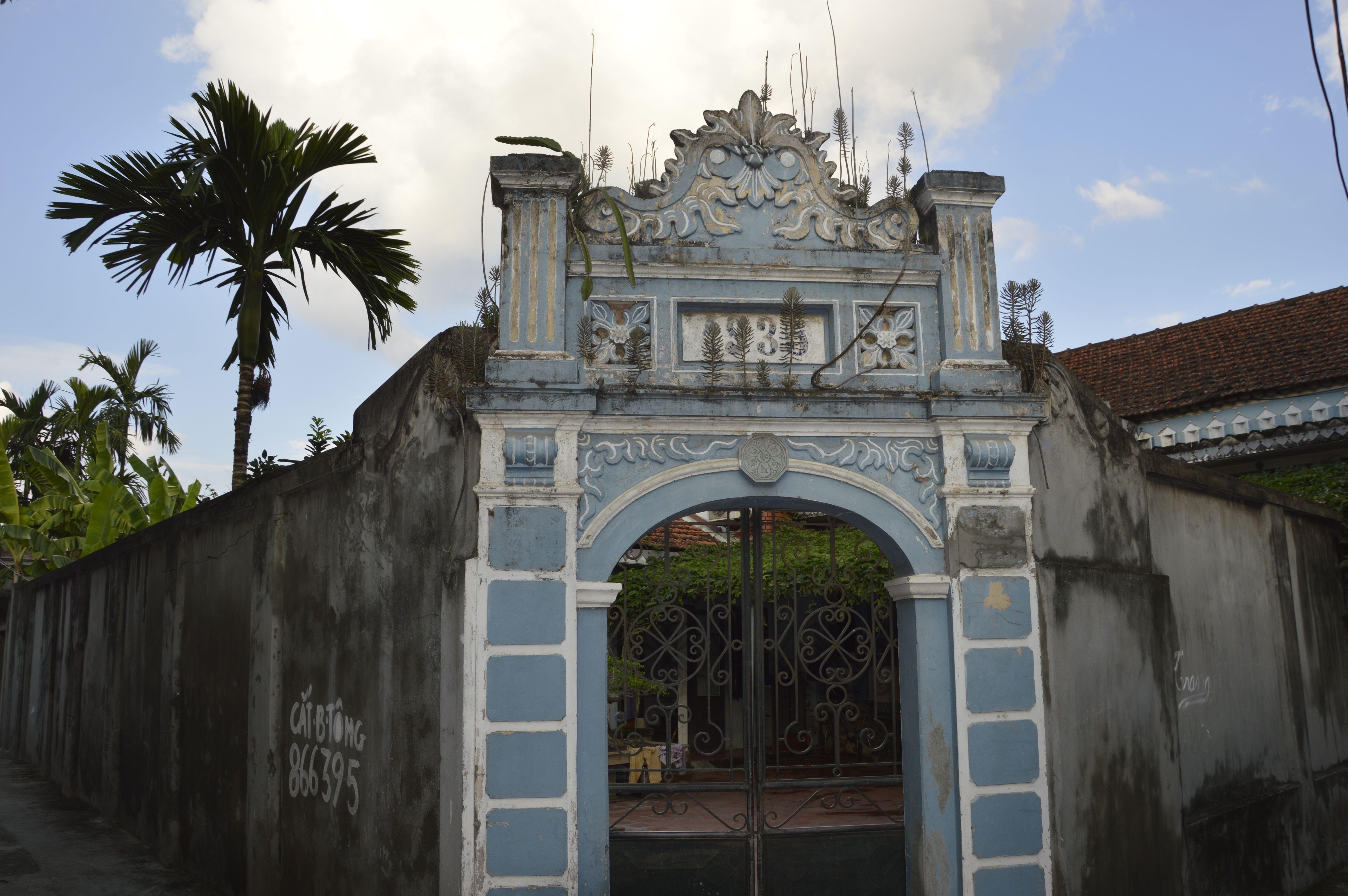 Ancienne porte d'entrée de la maison