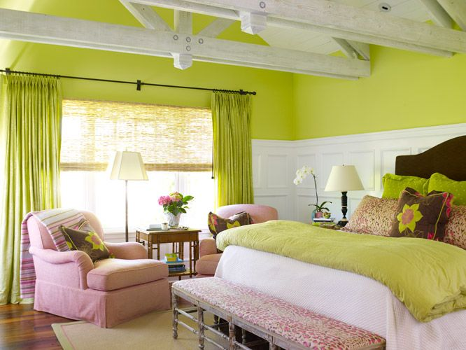 love this!!! the green walls aren\'t too overwhelming because of the ...