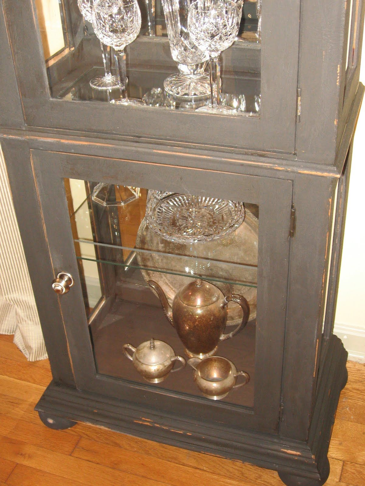 Grey Distressed Curio Cabinet Distressed Painting Redo Furniture Furniture Makeover