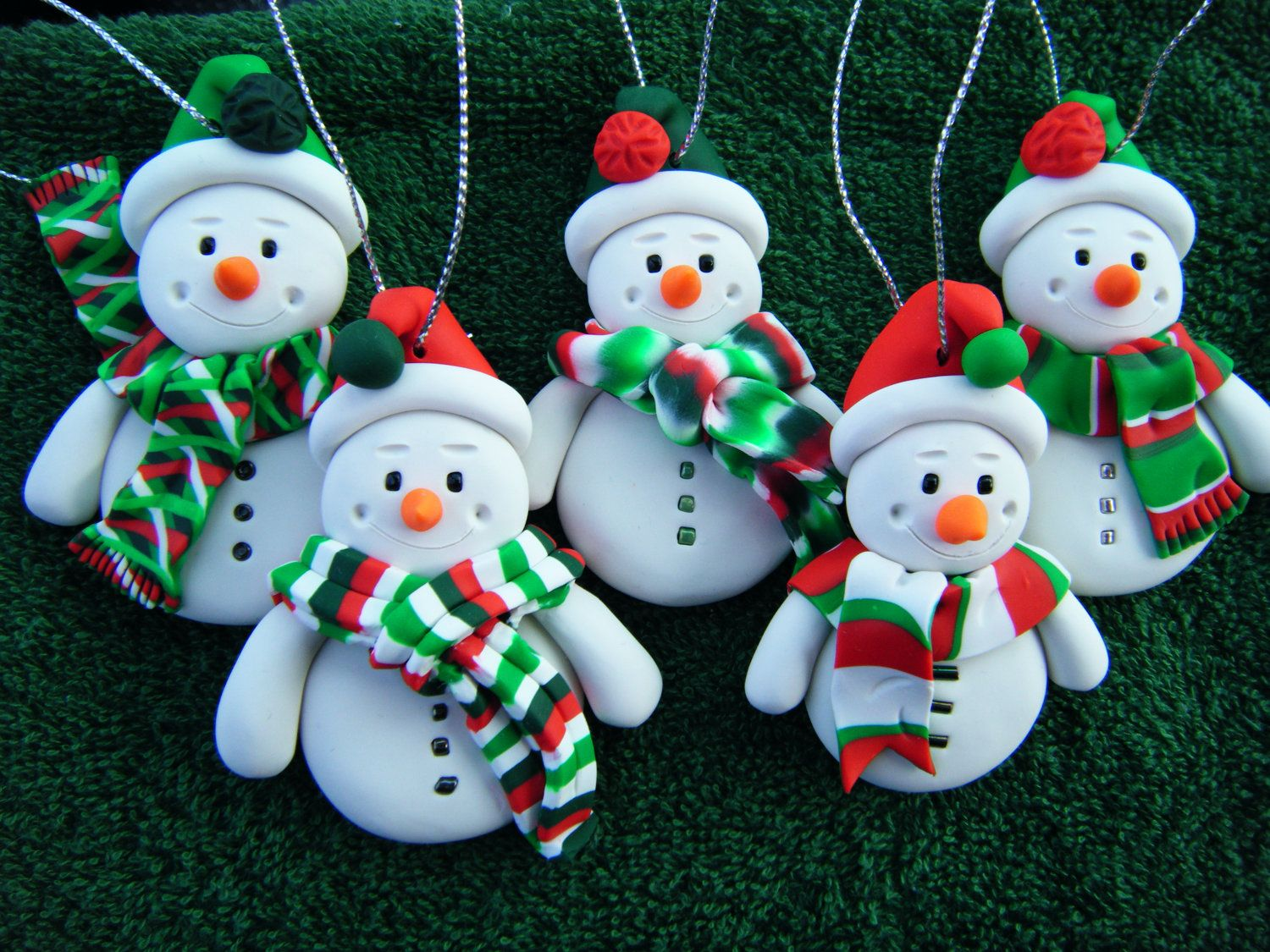Set Of 5 Made To Order Handmade Sculpey Clay Snowmen Etsy Polymer Clay Christmas Christmas Clay Polymer Clay Ornaments