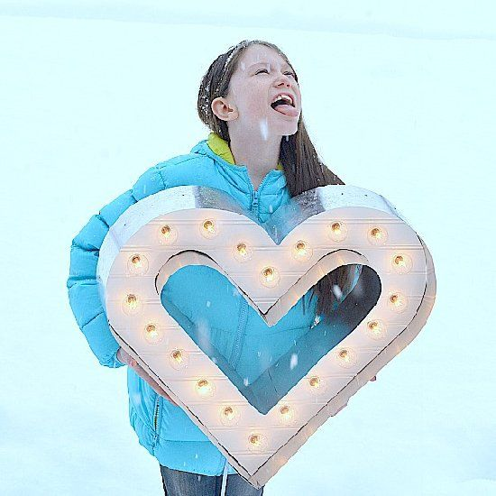 Make this fun DIY Marquee Heart for Valentine's with this step-by-step tutorial!