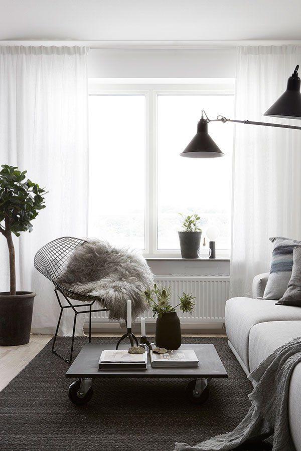 Cozy newly build home - via Coco Lapine Design blog Home Decor