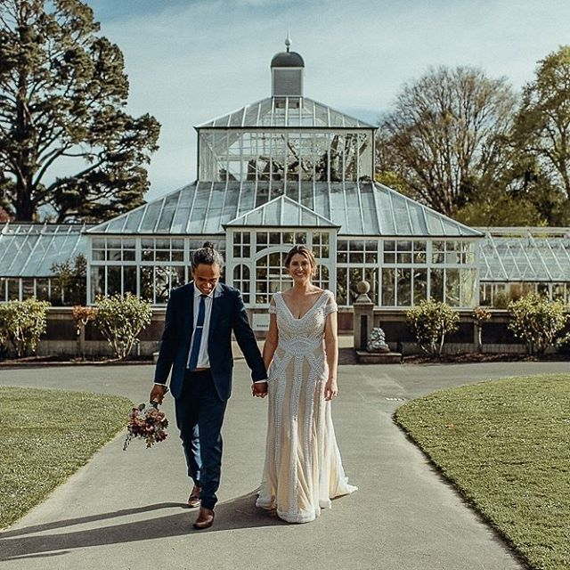 Wedding At Dunedin S Botanical Gardens New Zealand Credits Photographer Acornphotographynz Flowers Diy V Weddings Under 5000 Wedding Costs Garden Wedding