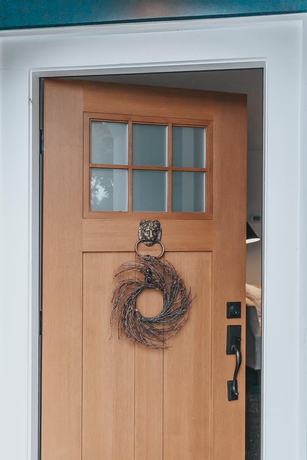 Classic Black and White Door Hook, Checkered Door Hanger Decorative Door Hook Wreath Hanger Wreath Accessory Over the Door Hanger
