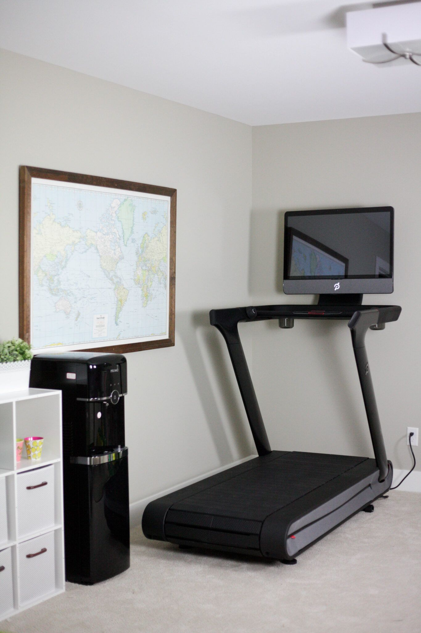 Can You Watch Tv On Peloton Is The Peloton Worth It Peloton Treadmill Review Paisley Sparrow Treadmill Reviews Treadmill Home Treadmill