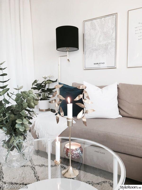 soffa,soffbord,golvlampa mässing,svenskttenn Apt i 2019 Vardagsrum inspiration inredning
