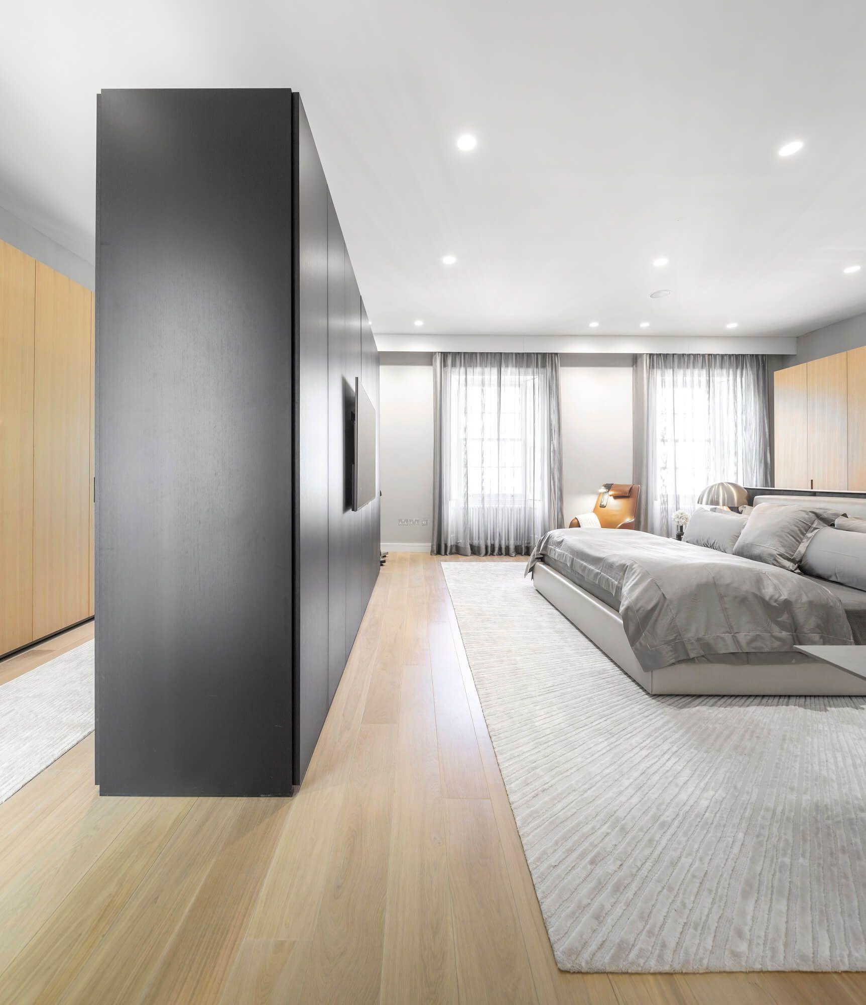 Marques Modern Art Apartment