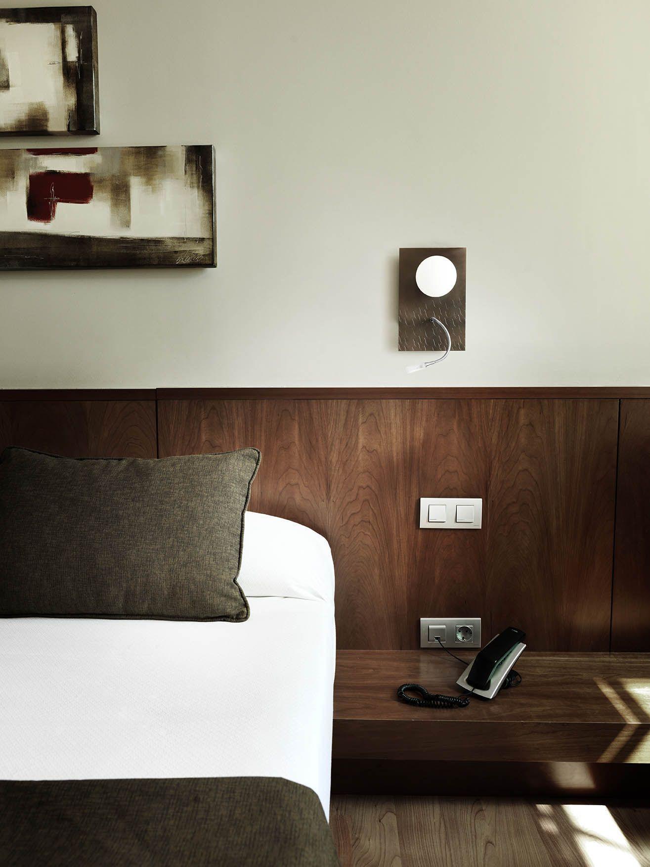 Pujol Iluminación SL | Products | General Catalogue | Wall lamps | 0923/02