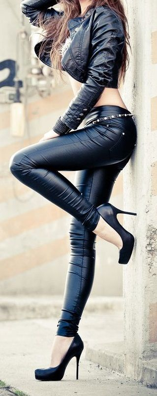 clothes erotic leather sensual sexy tight womens
