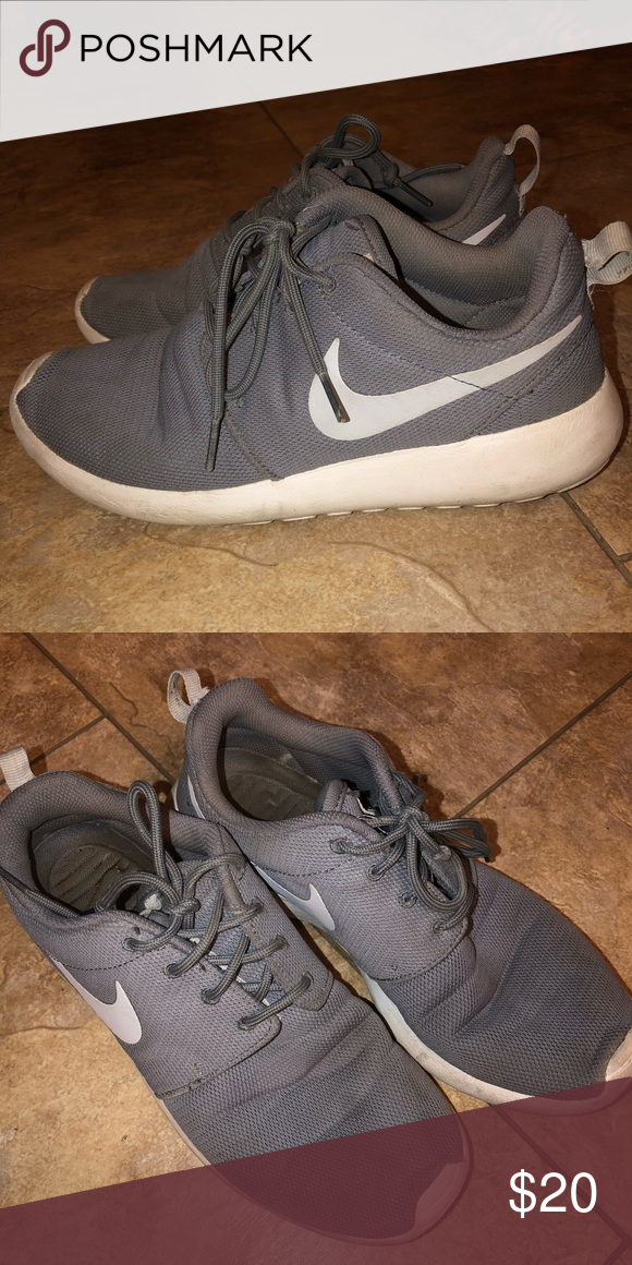 Nike Roshes In fairly decent condition