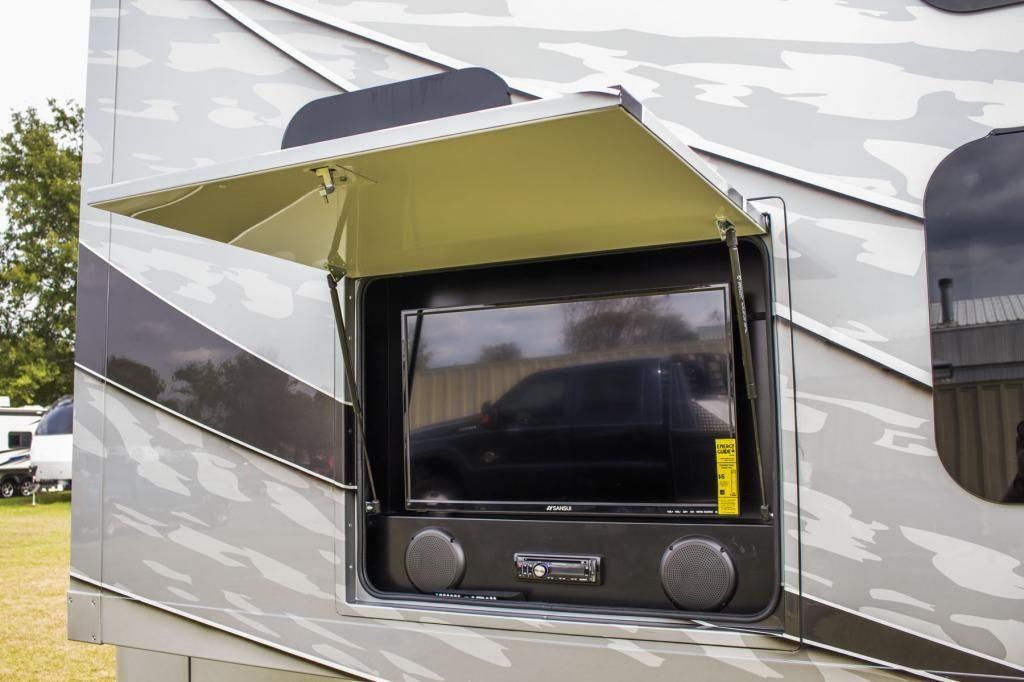 Dynamax Isata 5 Outside Tv Used Rvs Mineola Class C Motorhomes