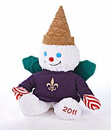 Mr. Bingle is a New Orleans Holiday icon! He brings Santa all the letters from boys and girls around the world. How did I miss this 2011 edition?  I must get the 2012 version.  I LOVE Mr. Bingle.  I grew up with him, and I'm 61 years old! (2012)