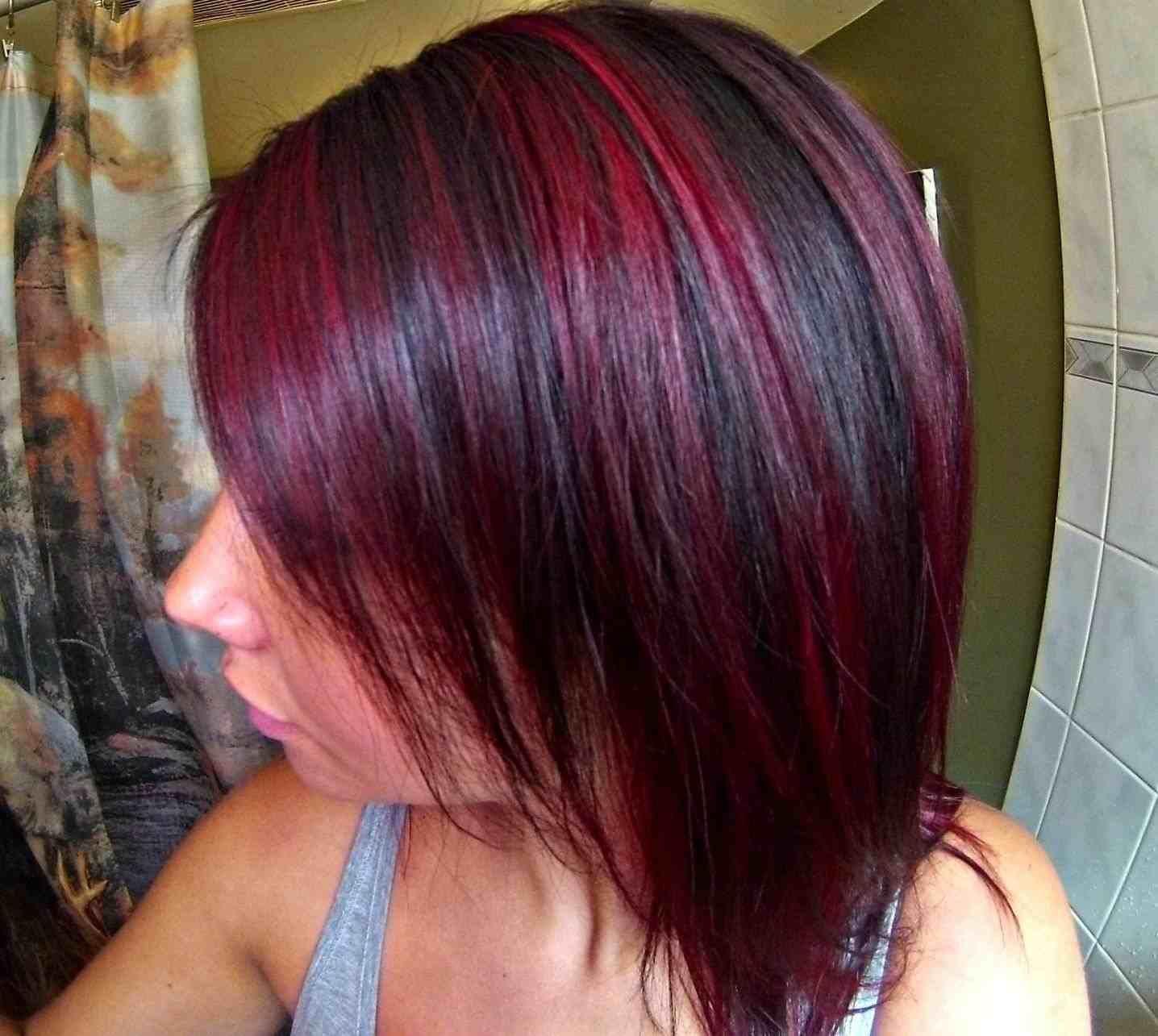 Photo 201 8 Dark Brown Hair With Red Streaks Dark Brown Hairs Blonde Highlights An Hair Highlights Blonde Hair With Highlights Burgundy Hair With Highlights