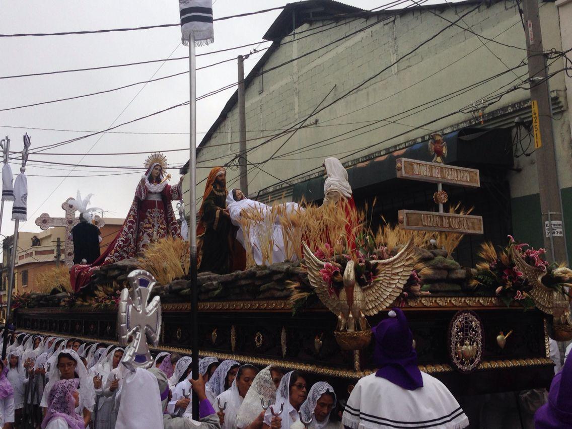 Procesión de Iglesia de Candelaria; Cristo Rey.