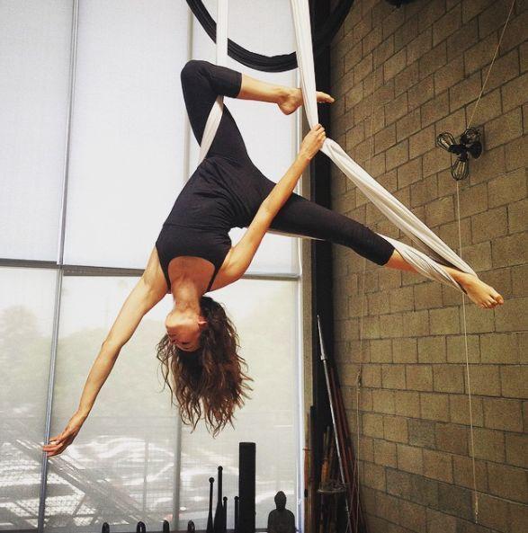 aerial yoga or anti gravity yoga is traditional yoga with a twist  the addition of a soft fabric hammock suspended from the ceiling  source  vogue   tr guzellik anti gravity tutkunu unluler p u003d9      rh   pinterest