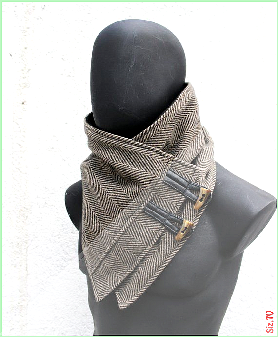 Unisex Menwomen cowl scarf ChunkysoftBlack 038 brown herringbone wool w toggle buttons Modern design...