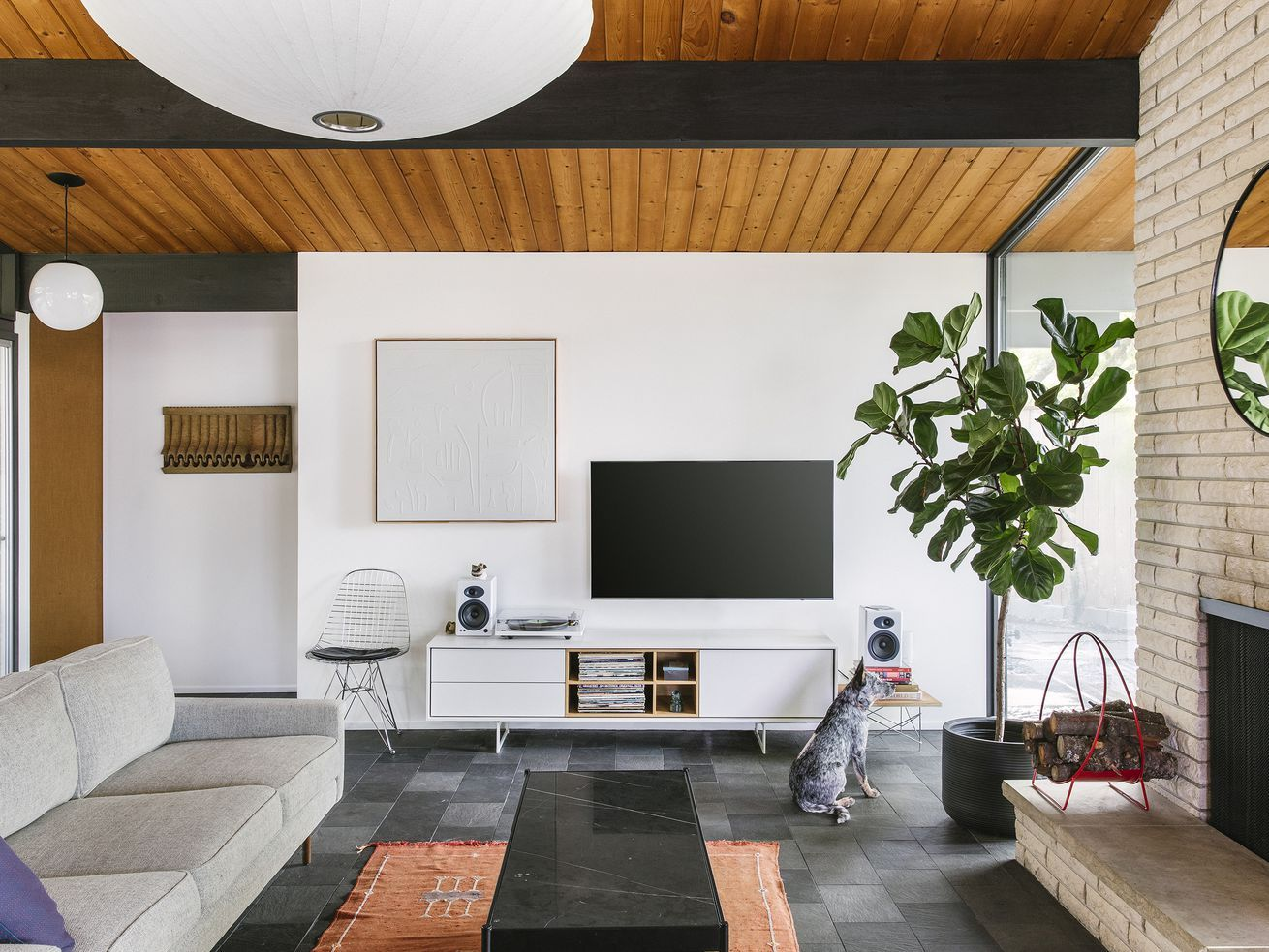 A portland couple trades in a farmhouse for their midcentury dream