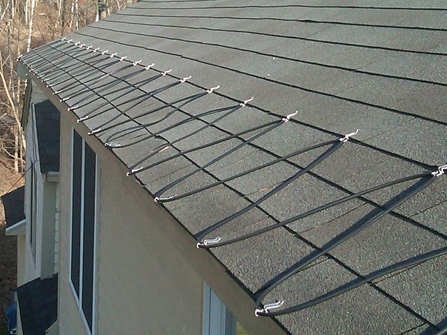 Deicing Heat Cables Are Ideal For Preventing Ice Dams And Water Damage To The Home Http Www Homeadditionplus Com Roofin Ice Dams Water Damaged Ceiling Roof