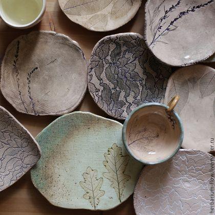 Ceramic dishes / Тарелки ручной работы. Ярмарка Мастеров - ручная работа. Купить осенние тарелки. Handmade. Эко, для дома, глина, кружево