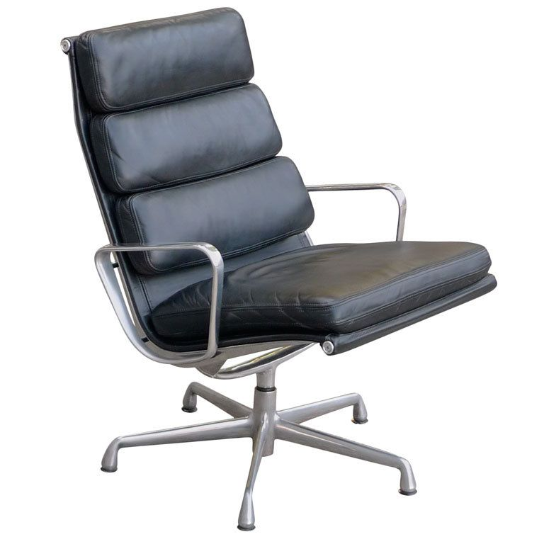 1stdibs Charles Eames Soft Pad Lounge Chair For Herman Miller