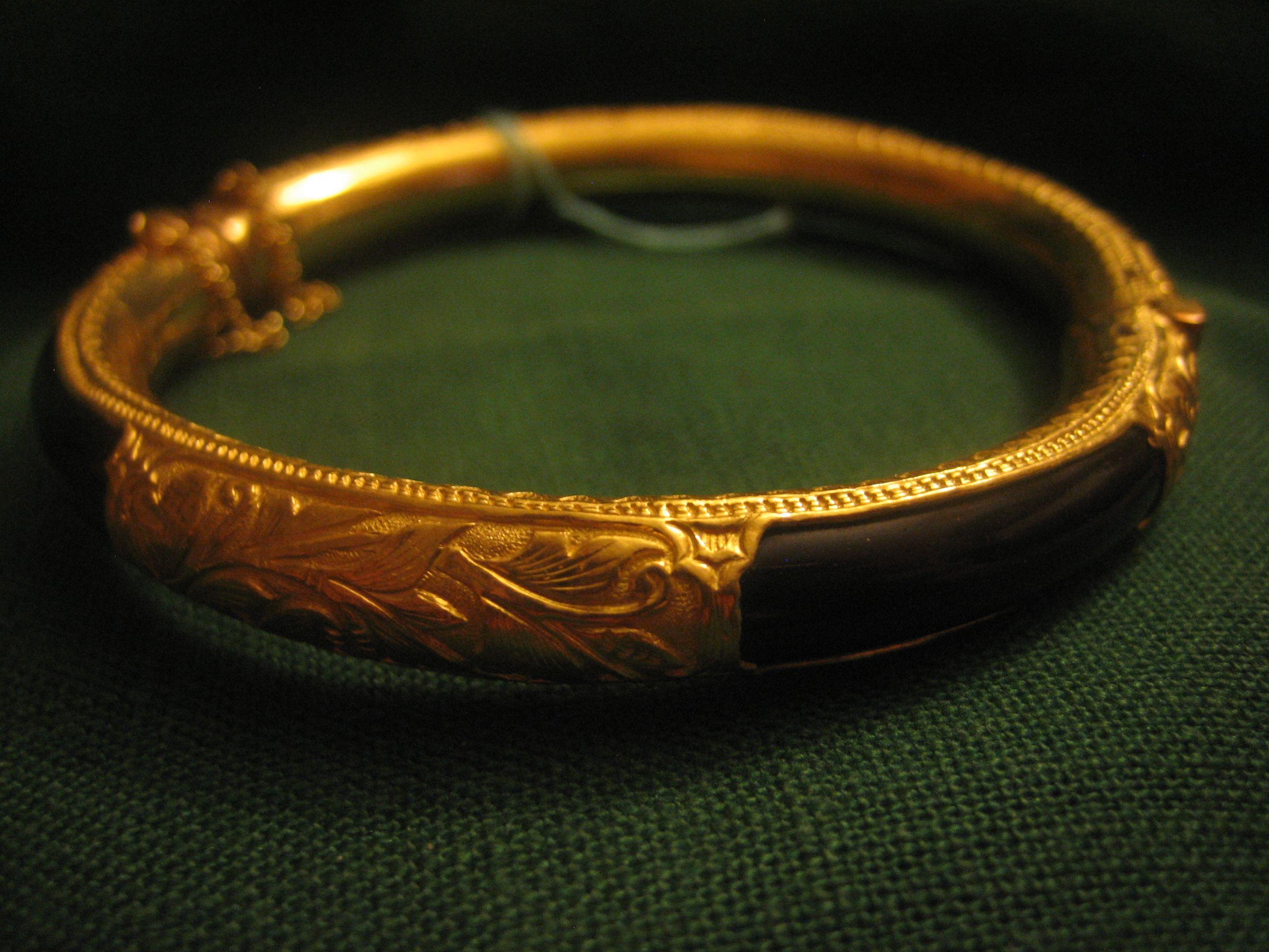 24 Karat Gold And Chinese Reed Bracelet