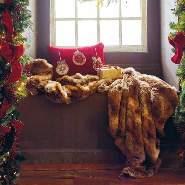 Luxury Faux Fur Throw In Coyote Faux Fur Throw Throw Blanket