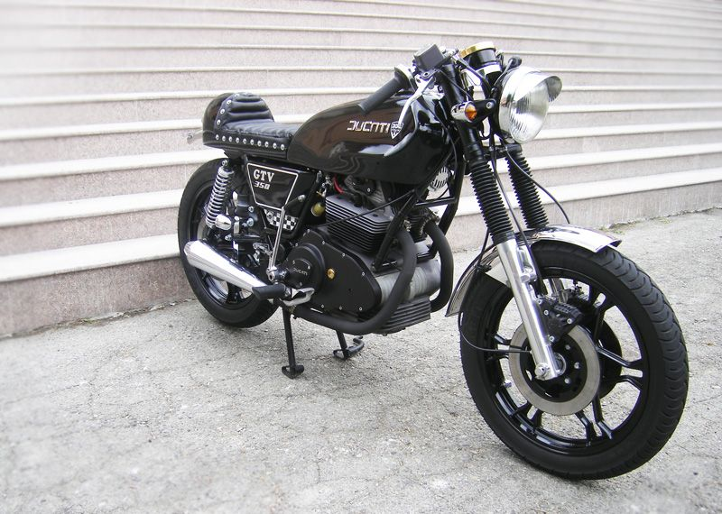 Black-Duc-1.jpg (800×570)