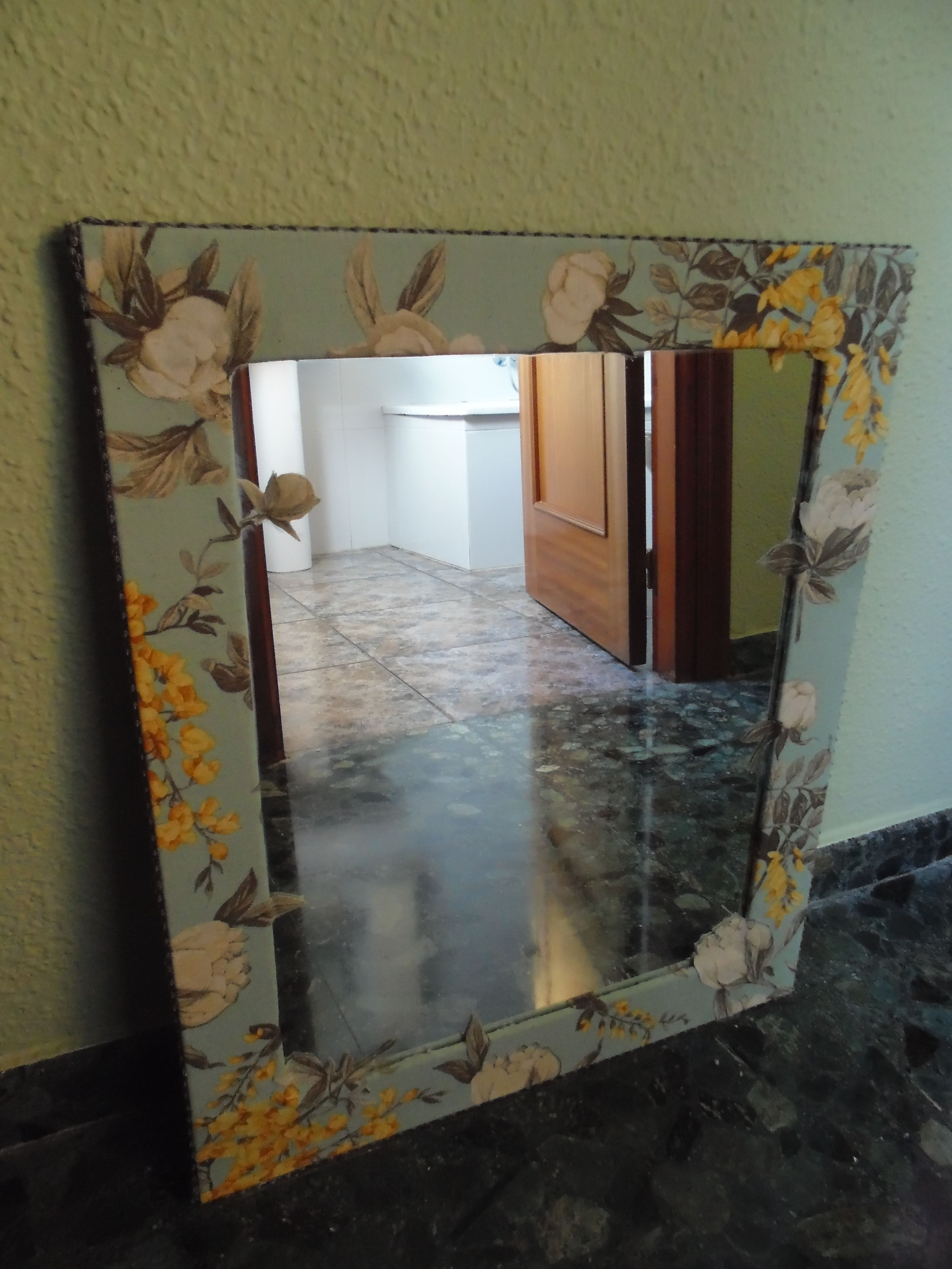 Espejo Forrado Con Tela Espejos Manualidades Tela