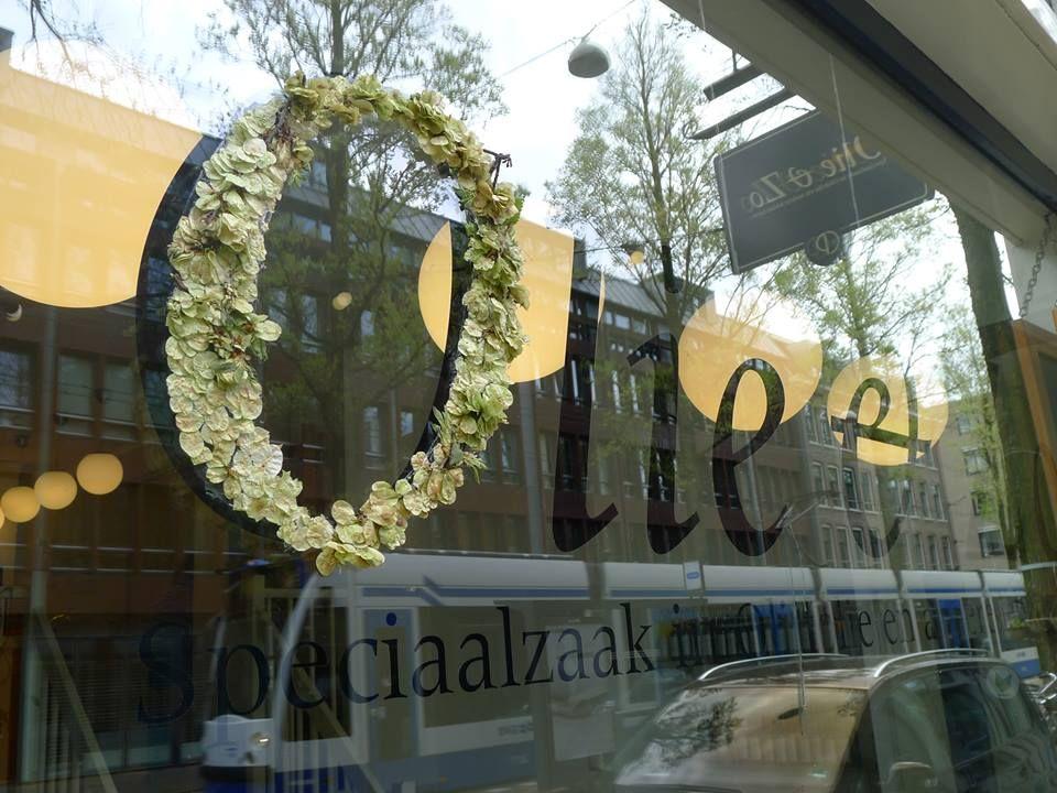 Olie & Zo springsnow etalage Czaar Peterstraat Amsterdam