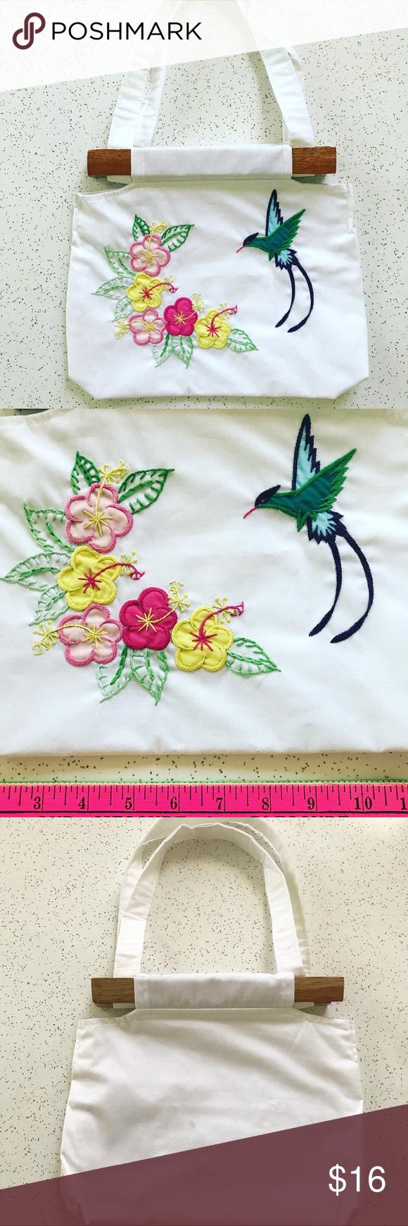 Vintage flower and hummingbird embroidered purse hummingbird