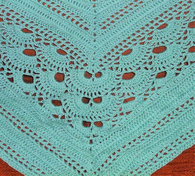 Virus Shawl meets Deichspielerei - free adapted crochet pattern by Angie Nelson.
