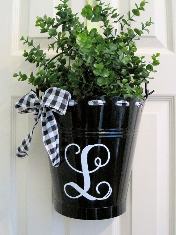 Personalized flower bucket for a door-assorted colors available