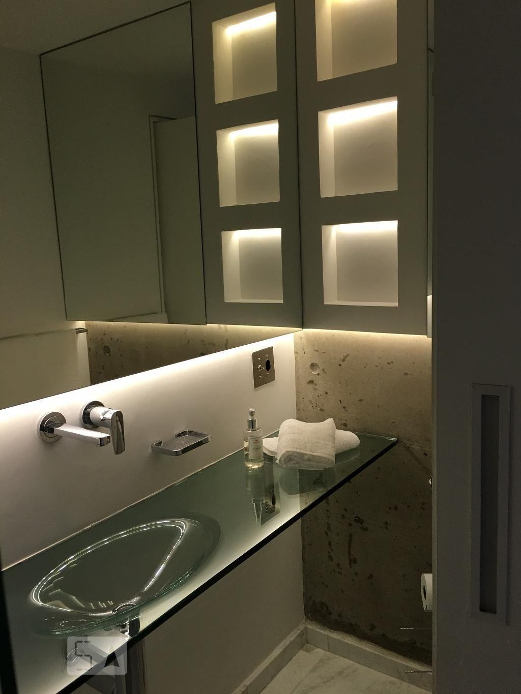 Apartamento para alugar - Brooklin, São Paulo - 70m², 2 dorms., 1 vaga, Cód:81715 | 123i