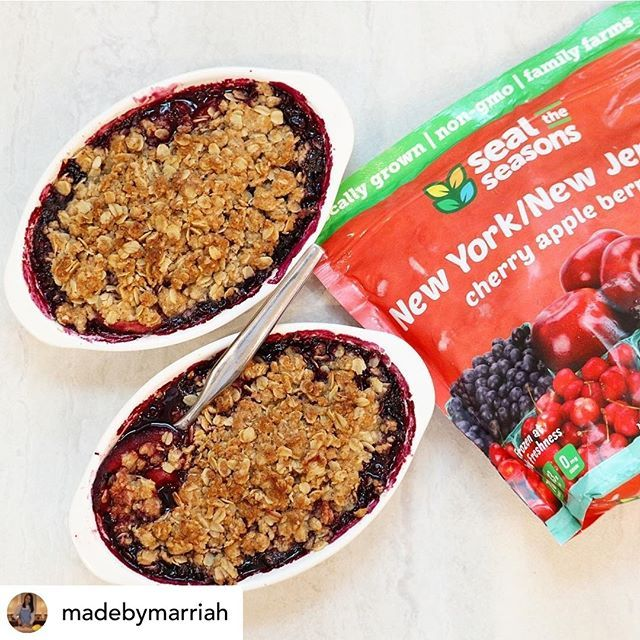 Did someone say BERRY CRISP?? Check out this delicious fruit crisp from @madebymarriah using our  Did someone say BERRY CRISP?? Check out this delicious fruit crisp from @madebymarriah using our NY/NJ Cherry Apple Blueberry! Pick up a bag at your local @shopritestores today!