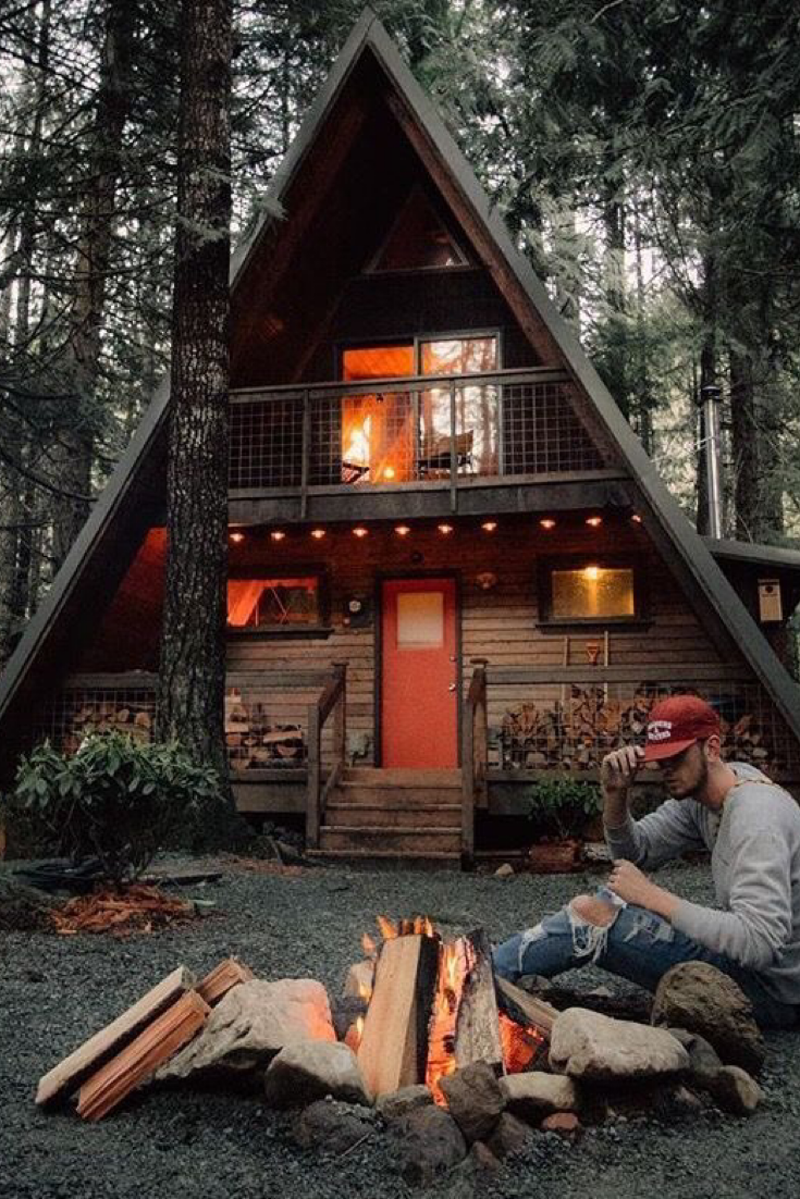 How To Build A Tiny Off Grid Cabin For $2k | Modern cabin ...