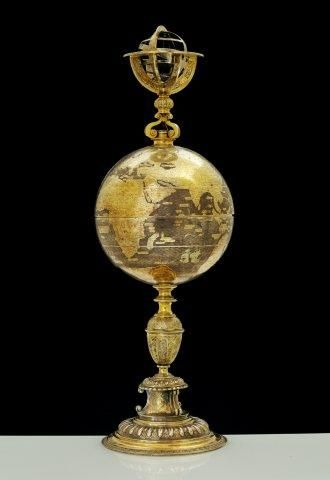 Late 16th century globe cup by Zurich goldsmith Abraham Gessner.   The Royal Danish Collections deposited in National Museum of Denmark.