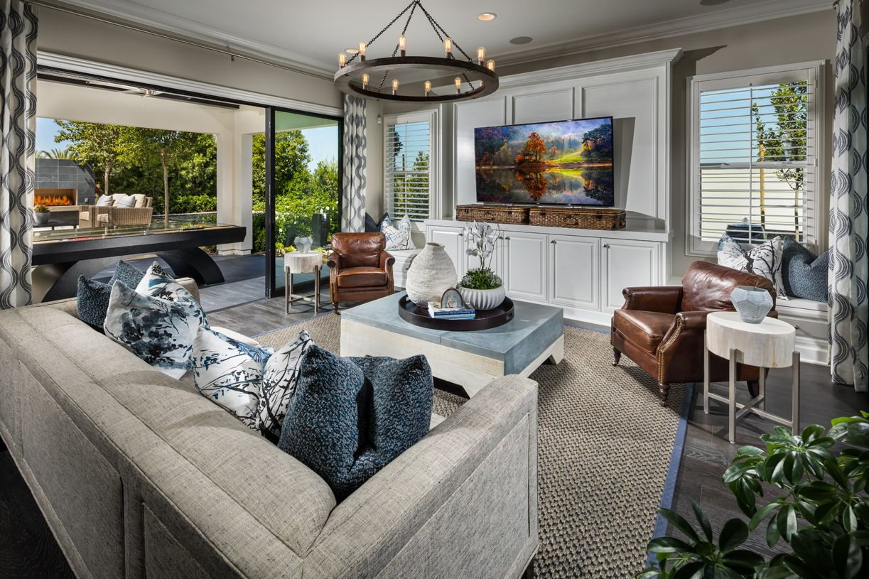 Lake Forest Ca New Construction Homes By Toll Brothers Viewpoint At Baker Ranch Offers 3 Home Designs With Luxurious Home New Home Designs New Homes For Sale